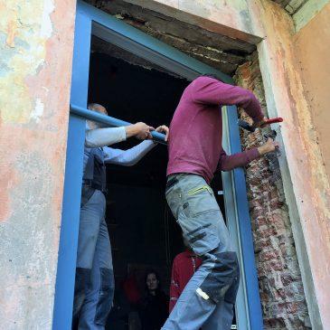 """Biedrības """"Cēsu mantojums"""" lekcija un meistardarbnīca par logu iebūvēšanu metodēm"""